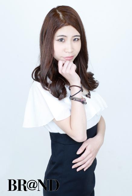 NOW(ナウ)・Hina 4枚目