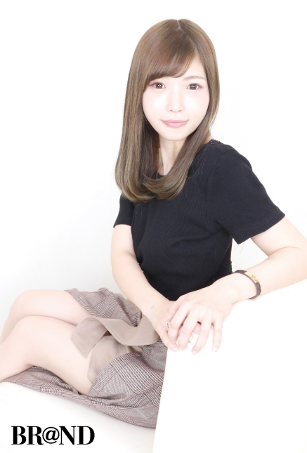 NOW(ナウ)・Shiori 4枚目