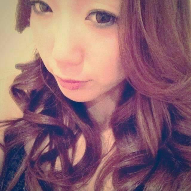 NOW(ナウ)・Risa 2枚目
